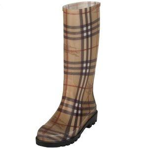 Burberry Haymarket rain boots Matte finish 36 6M